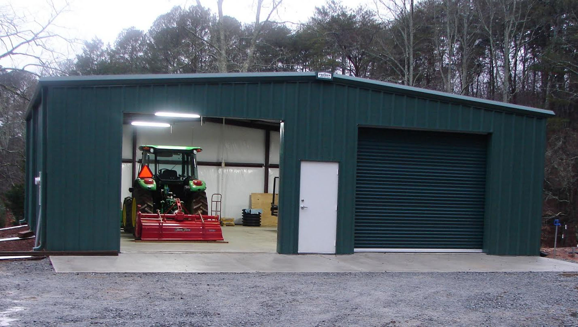 a picture of a steel building for agriculture by Premier Building Systems